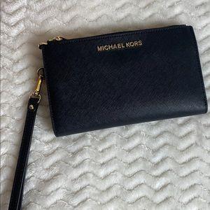 Michael Kors double zip jet set  wallet/wristlet